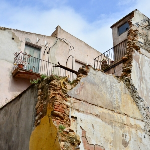 Run-down building in Cambrils, Spain